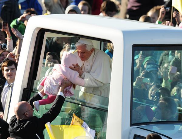 Popemobile.jpg